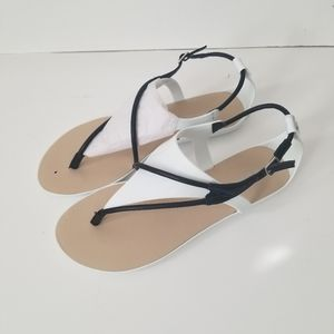 NIB BCBGeneration sandals rubber sz 9M